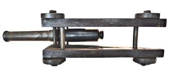 Naval signal cannon's underside image