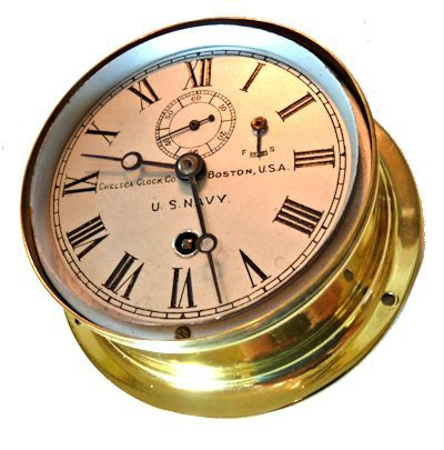 WWII Navy clock shown with bezel off><table                                                                                                                                                                                                                                                                     cellSpacing=3                                                                    borderColorDark=gray                                                                      width=