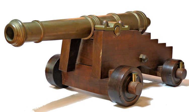 Cannon viewed from the left front image