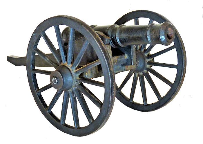 Ffront view of cast iron Revolutionary War field cannon image