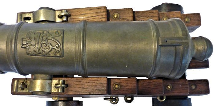 Picture of the George Rex seal on this cannon image