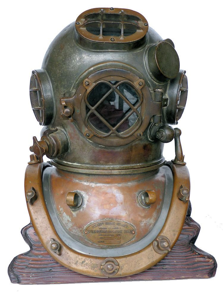 Front view of 1945 DESCO Navy MK V diving helmet image