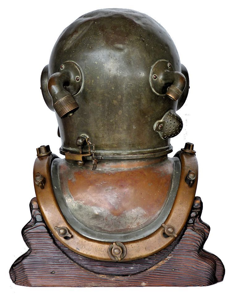 Back view of 1945 DESCO MK V dive helmet image