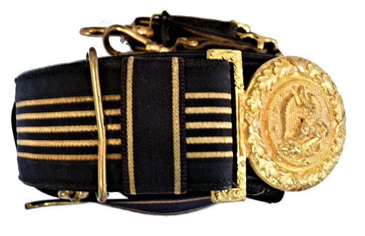 The sword belt buckle is of the 1909 Uniform Regulations image