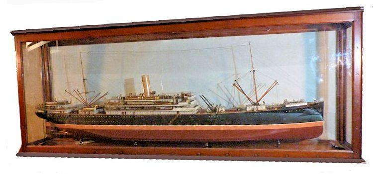 Three quarter view from the bow of the cased steamship Ruahine model image