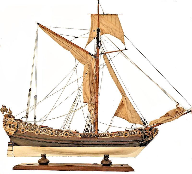 Starboard side view of the British Royal 8 gun cutter model image