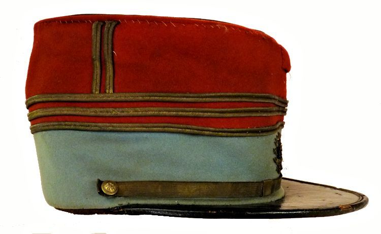 Righttside of French officer's kepi image