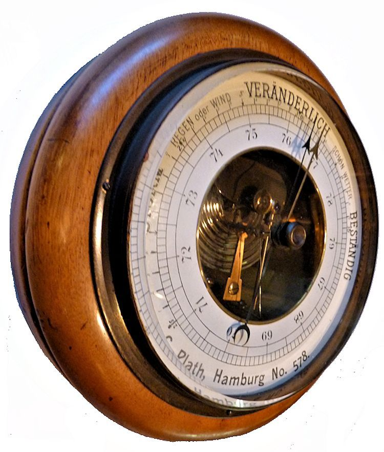 Partial side view of the Plath android barometer image