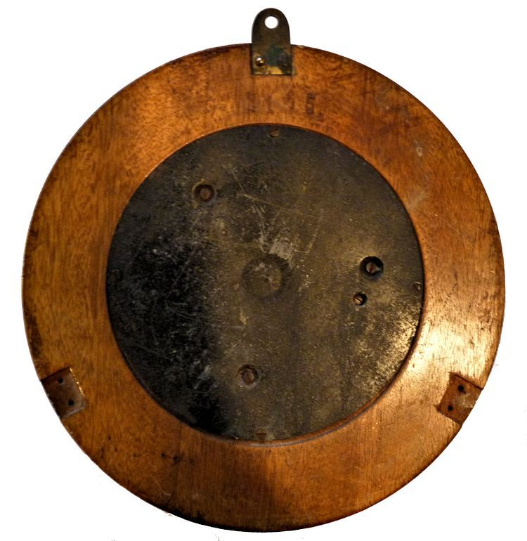 Back of Plat barometer's case image