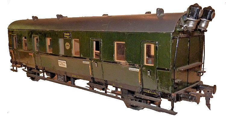 Partial rearview of 1st Class car of Germain train set image