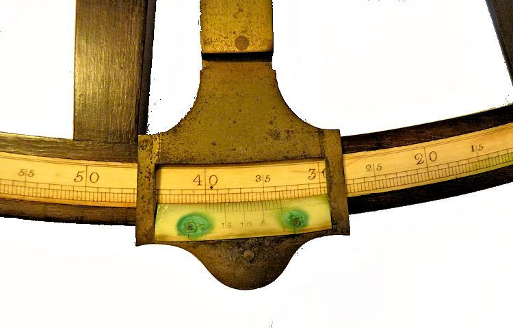 The vernier of the large Hadley style octant image