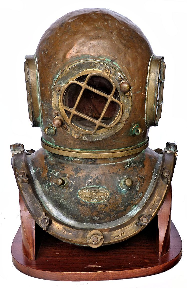 Early Morse Commercial Dive Helmet image