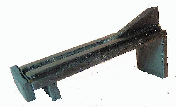 Frabricated elevation ramp for miniature bronze Royal Navy cannon on skeleton carriage image