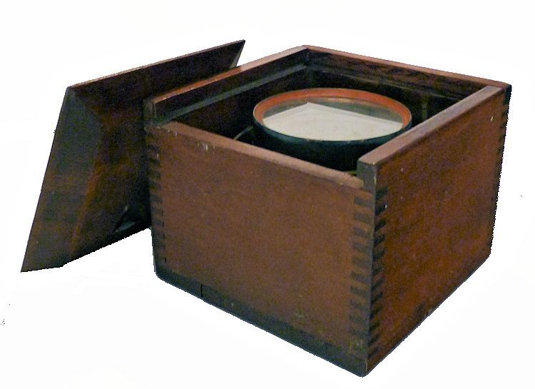 Robert Merrill Boxed Dinghy Compass image