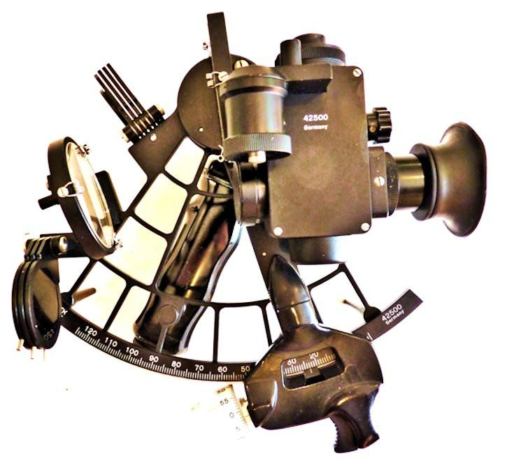 Bubble mounted on the sextant image