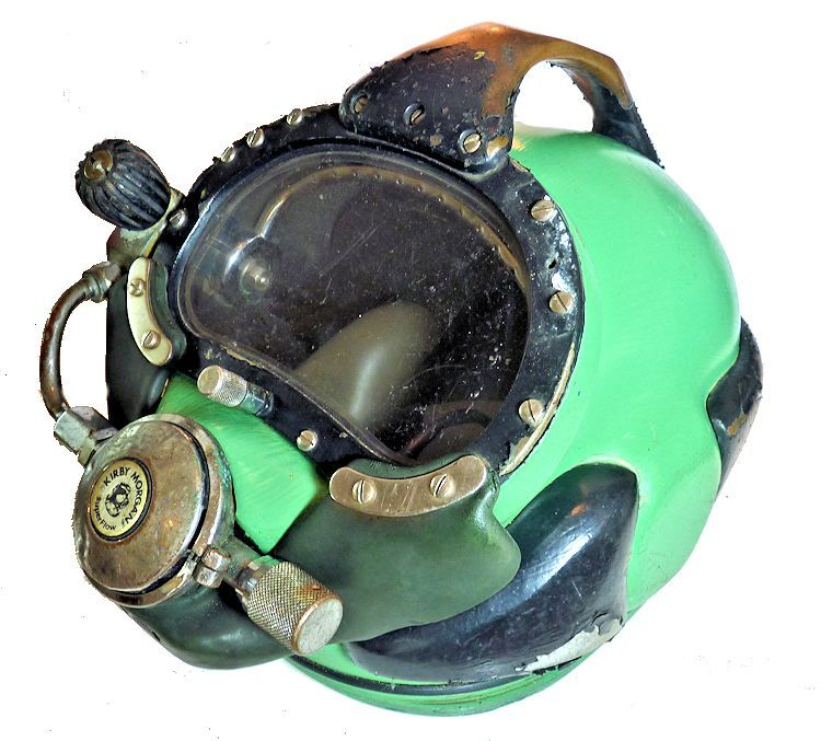 Kirby Morgan Super Lite 17 A dive helmet image