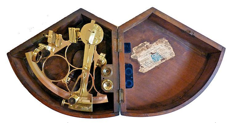 Sextant shownin its case image