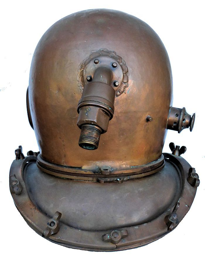 Back of 12 bolt Japanese Kaiyo helmet image