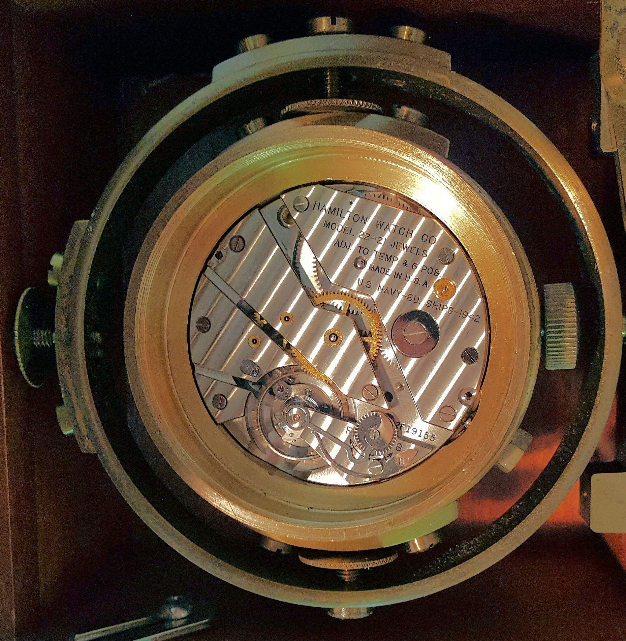 Movement of this Hamilton M 22 deck clock image
